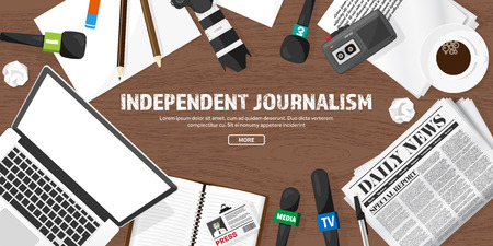 フラット スタイルでマスコミの背景。特派員や記者との記者会見。Broadcasting.Multimedia ニュースは、新聞。テレビ番組。インター ネット ラジオ、テ  イラスト・ベクター素材