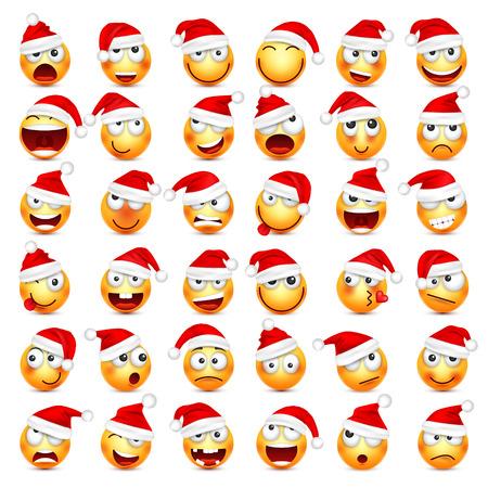 Smiley, Emoticon gesetzt. Gelbes Gesicht mit Gefühlen und Weihnachtshut. Neujahr, Santa. Winter Emoji. Traurig, glücklich, wütende Gesichter. Lustige Zeichentrickfigur. Vektor.