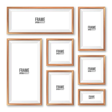 Realistic blank wooden picture frames collection. Modern poster mockup. Empty photo frame with texture of wood. Art gallery. Vector illustration. Banque d'images - 140196789