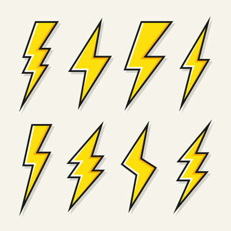Yellow lightning bolt icons collection. Flash symbol, thunderbolt. Simple lightning strike sign. Vector illustration. Standard-Bild - 161668899