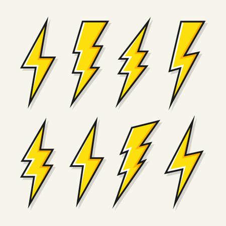 Yellow lightning bolt icons collection. Flash symbol, thunderbolt. Simple lightning strike sign. Vector illustration. Stock Illustratie