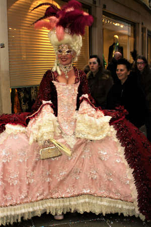Lady costumes as a Duchesse