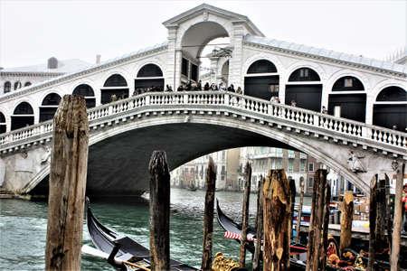 venise, italy rialto bridge