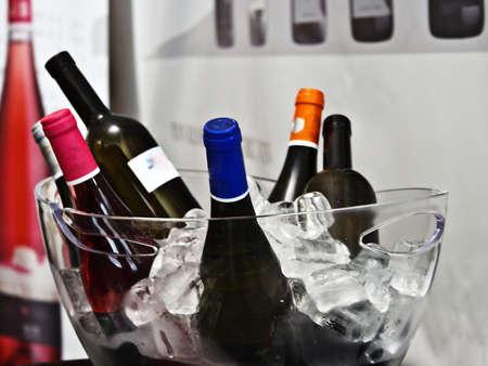 Romanian wine tasting and show a presentation Фото со стока - 13283262