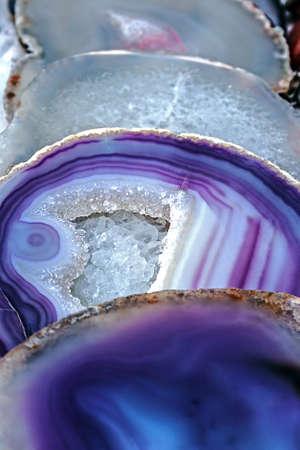 Farklı yapılarda enerji etkisi ile Mineral kristalleri ve taşlar, Stock Photo