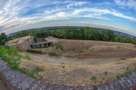 Panoramic view of Petrovaradin fortress in Novi Sad, Serbia. 版權商用圖片 - 122839492