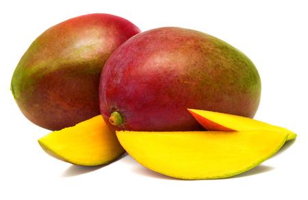 白い背景の上にスライスしたマンゴー 写真素材