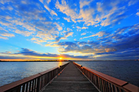 De visserij van pijler op de Chesapeake Bay, Maryland bij zonsondergang Stockfoto