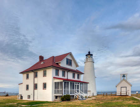 lake dwelling: The Cove Point Lighthouse on the Chesapeake Bay in Maryland