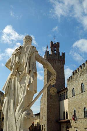 Memorial of the Ferdinando Medici at Arezzo Italy Archivio Fotografico