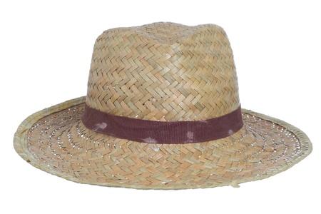 ruban noir: sale vieux chapeau de paille isolé sur un fond blanc