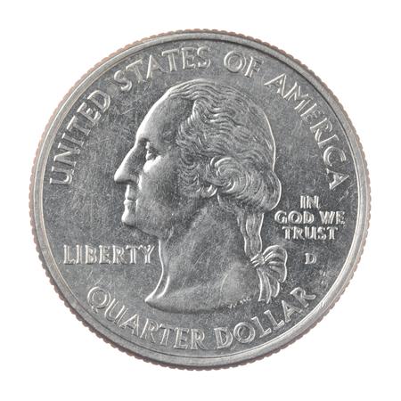 アメリカの 4 分の 1 ドルのショットを閉じる、白い背景で隔離のコイン 写真素材