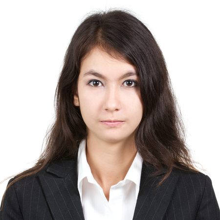 foto carnet: foto del pasaporte de la joven mujer hermosa sexy con camisa blanca y traje aislado en un fondo blanco, la relación de la plaza Foto de archivo