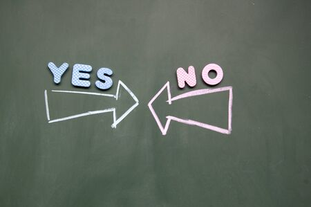 yes and no arrows Stock Photo - 12829216