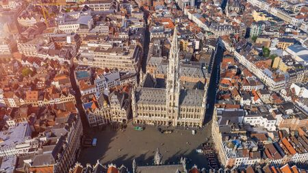 Grand Place Brussels the city's Town Hall, and the King's House or Breadhouse. Aerial photo Belgium 免版税图像