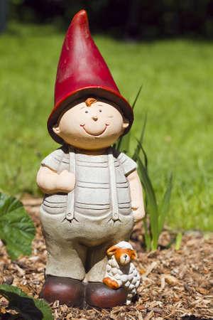 figurine-gardin grome-statue