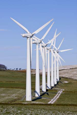 windfarm: Turbinas e�licas en l�nea en un parque e�lico