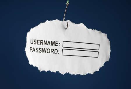 big brother spy: Inicio de sesi�n del ordenador y la contrase�a en un papel adjunto a un concepto de gancho para el phishing o el Internet Security