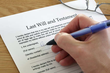contract signing: Signing Last Will and Testament document