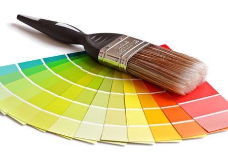 Muestras de color y pincel sobre blanco Foto de archivo - 25151580