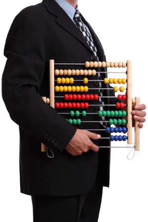 abaco: Empleado de oficina o un contador sosteniendo un ábaco sobre fondo blanco