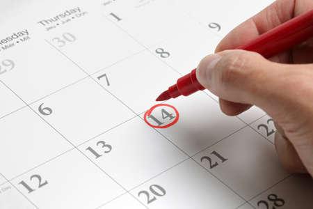 カレンダーの概念に重要な日のマーク赤い円