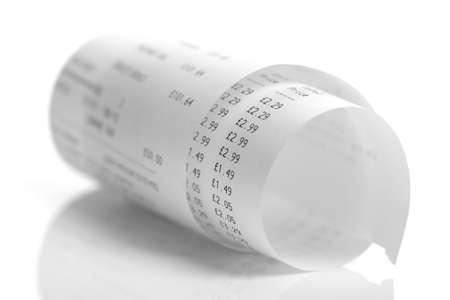 Lebensmitteleinkauf Add-Liste auf einer Kassenrolle Ausdruck Standard-Bild