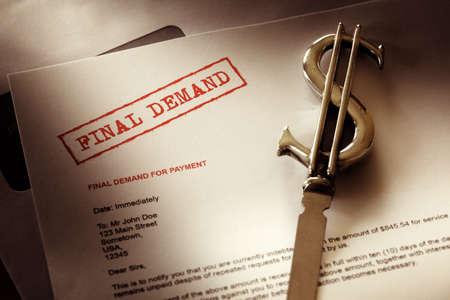 factura: Final de concepto previo aviso demanda de deuda, m�s all� de pago debido y atrasados Foto de archivo