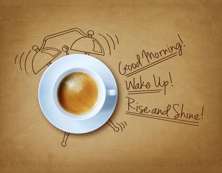 despertador: Un buen caf� por la ma�ana y el concepto de reloj de alarma Foto de archivo
