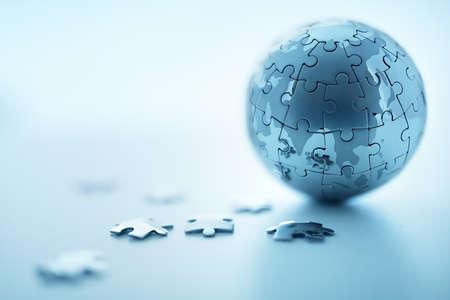 Globalna koncepcja rozwiązania Strategia - ziemia puzzle Zdjęcie Seryjne