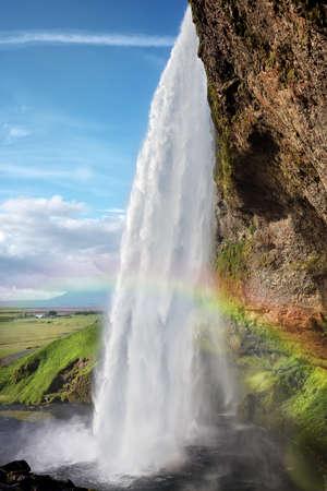 Seljalandsfoss Wasserfall im Sommer Island