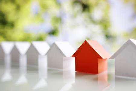Wählen Sie die richtigen Immobilien Haus oder neues Zuhause in einer Wohnsiedlung oder in der Gemeinschaft