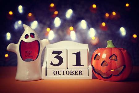 Halloween calendar date 31st October with pumpkin and ghost Standard-Bild