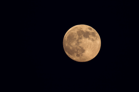 A full moon in the night sky. Banque d'images