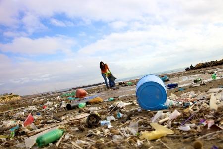 汚れや汚染は世界を破壊します。