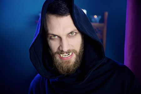 vampire teeth: Horror vampire angry hungry