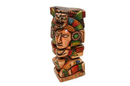 totem indien: mexican azt�que totem indien isol� sur blanc Banque d'images
