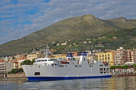 ferryboat: The ferryboat to the Iceland of Ventotene leaves the port of Formia (Italy)
