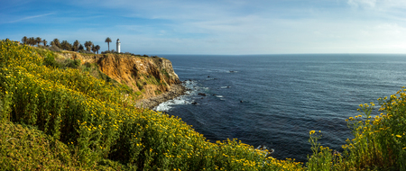 Point Vicente Lighthouse atop of tall cliff covered with beautiful wildflowers during the California Super Bloom of 2019, Rancho Palos Verdes, California Imagens