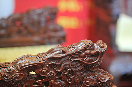 chinese wooden carving