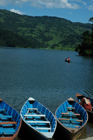 phewa: Nepal Phewa lake and vessels Stock Photo