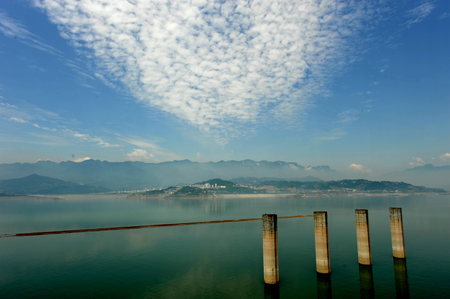 three gorges: chinese three gorges dam