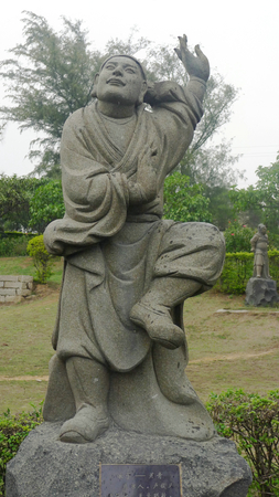 heritage protection: Stone statues at Quanzhou Chongwu ancient city