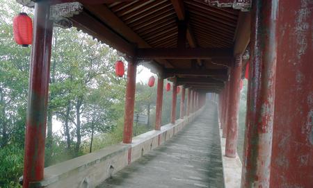 Xianju Jingxing Cliff corridor