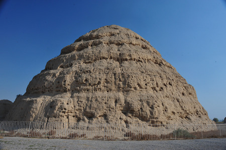 definition high: Xixia Imperial tombs,Ningxia