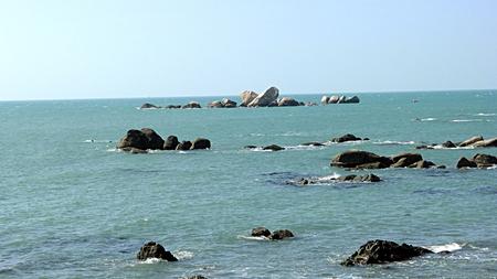 View of rocks on the Sanya sea 免版税图像