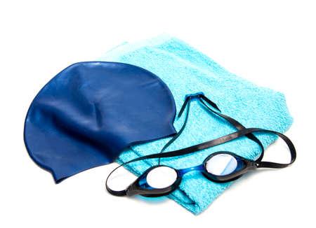 équipement: équipement de natation: bonnet de bain, lunettes de natation et serviette