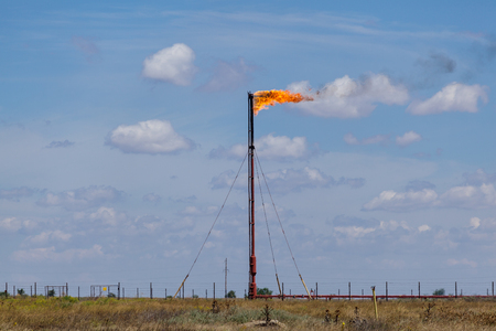 associated: flaring of associated gas at oil refinery