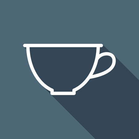 Simple cup of coffee or tea. Linear icon, thin outline. White flat icon with long shadow on background Фото со стока - 103145595
