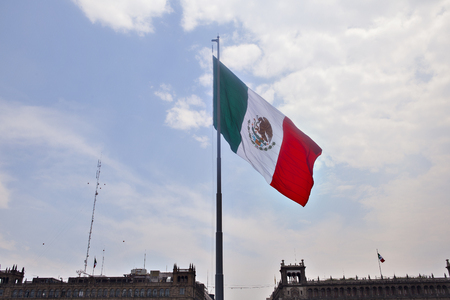 bandera de mexico: Bandera mexicana